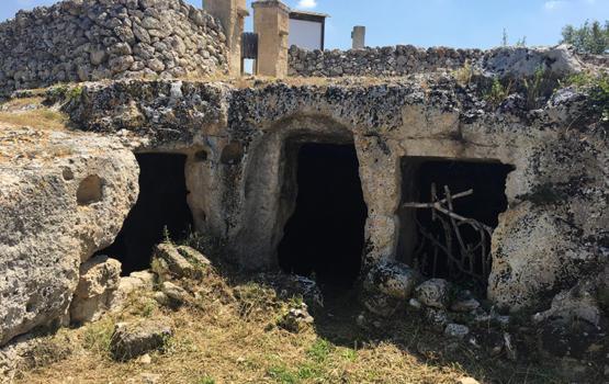 I villaggi rupestri di Mottola: Casalrotto e Petruscio